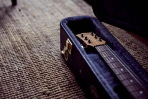 Fyerfly Maton guitar. Photo: Larry Vila Pouca